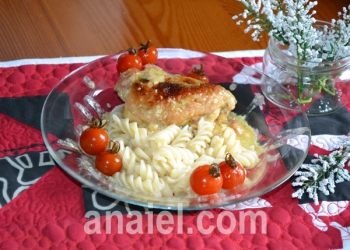 курица в сметанно молочном соусе фото