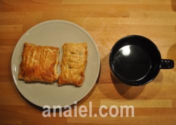 булочки с мясом и сыром