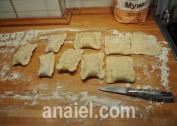 булочки с мясом и сыром блюдо