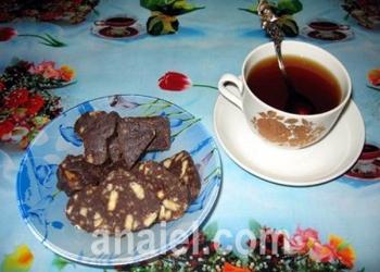 """Шоколадная колбаска с орехами """"К чаю"""""""