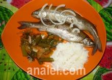 Рыба на овощной подушке
