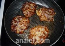 оладьи из кабачка с мясом фото